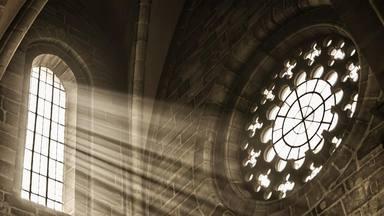 ¿Cómo repartió la Iglesia los fondos obtenidos a lo largo del año 2018?