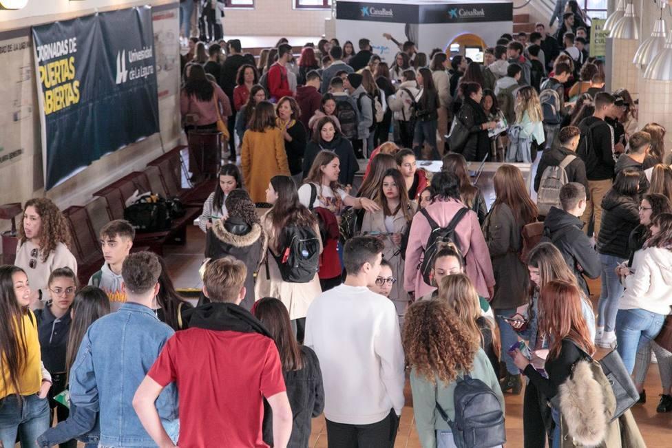 El MInisterio de Educación quiere volver a los precios de 2011