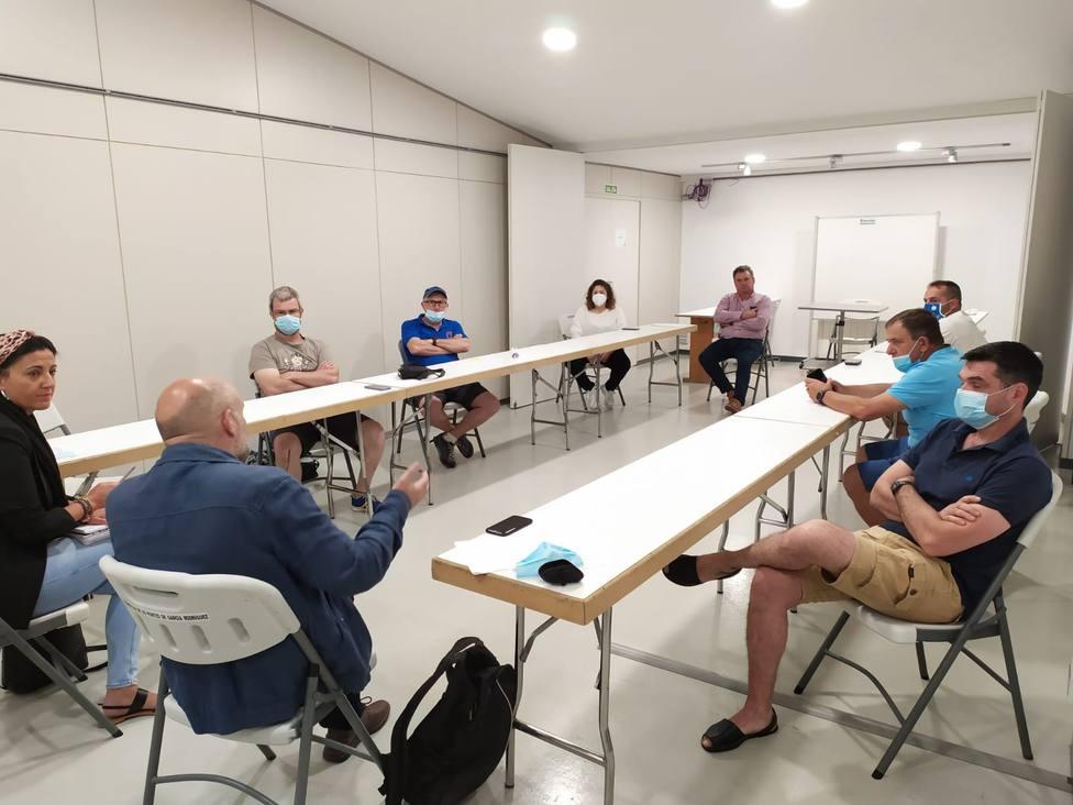El diputado del BNG, Néstor Rego, en la reunión de As Pontes. FOTO: BNG