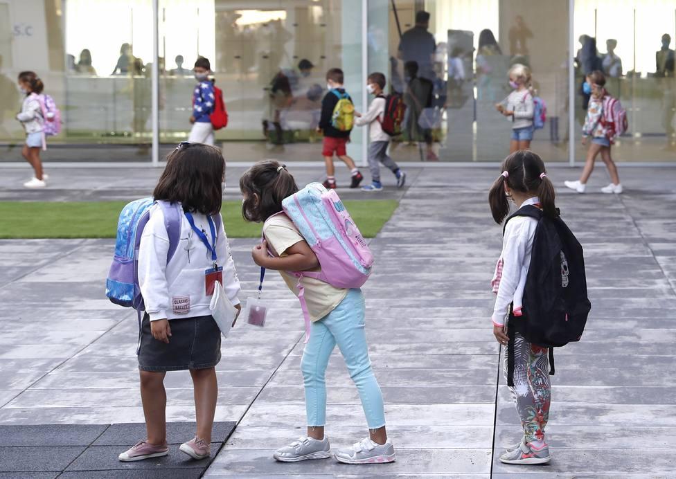 School year starts in some Spanish regions