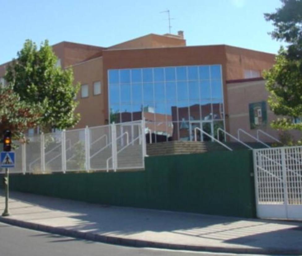 En cuarentena un aula del colegio María Auxiliadora (Cáceres) por COVID19