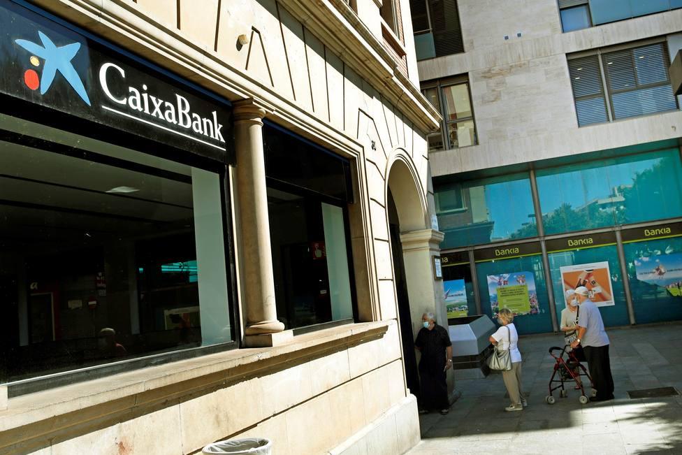 Bankia y CaixaBank despejan los últimos flecos para el acuerdo de su fusión