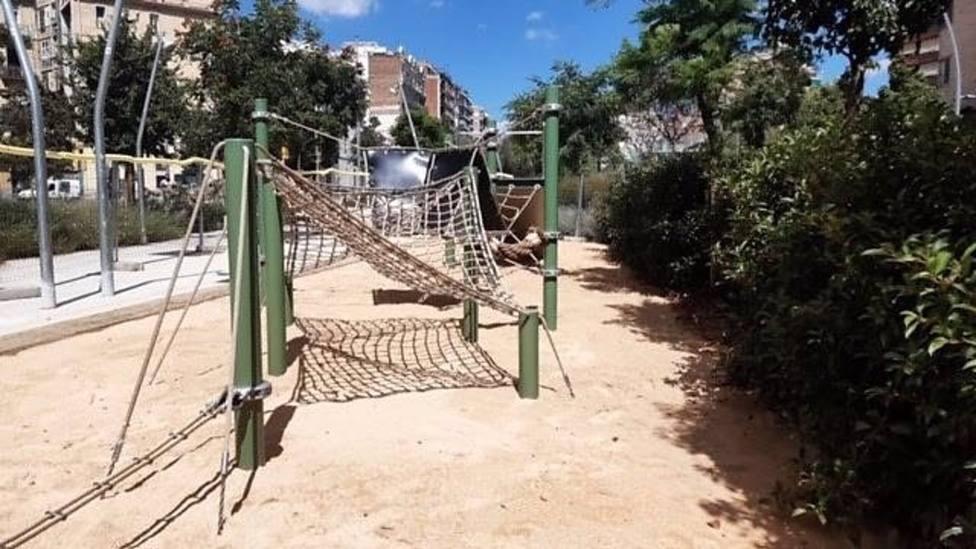El nuevo parque infantil de Meridiana, en Barcelona