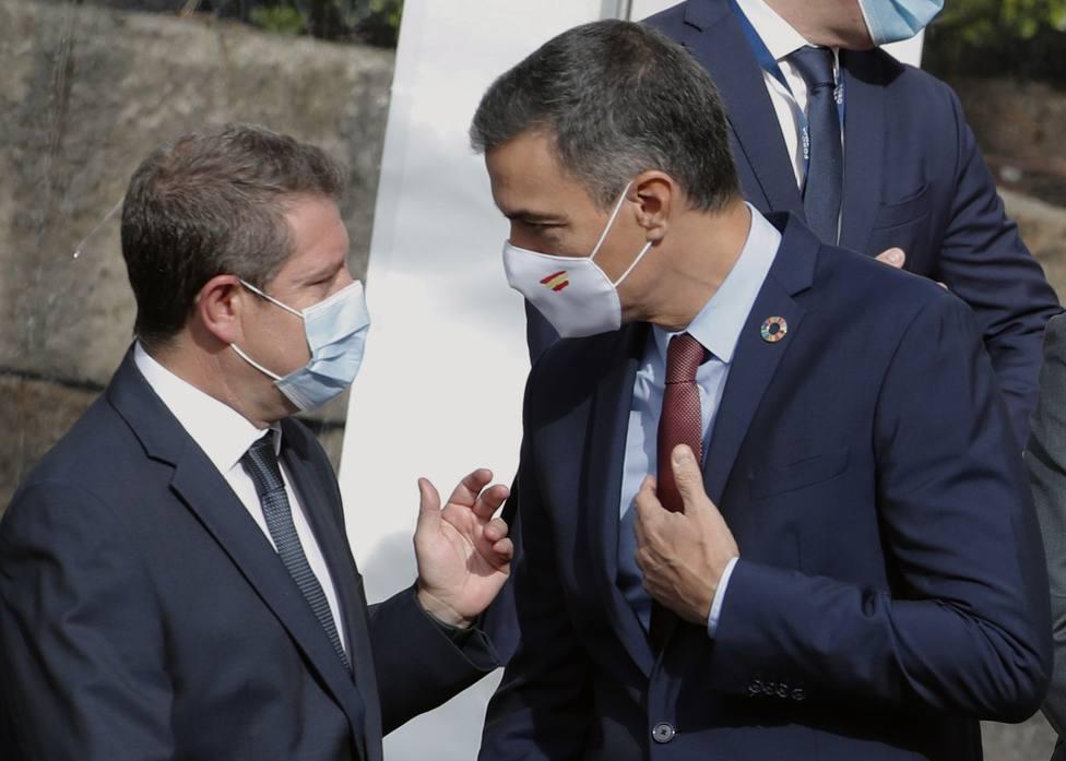 Cabreo en La Moncloa con García-Page por cuestionar en COPE el pacto con Bildu