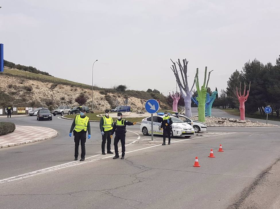 Las restricciones siguen afectando a un centenar de municipios andaluces