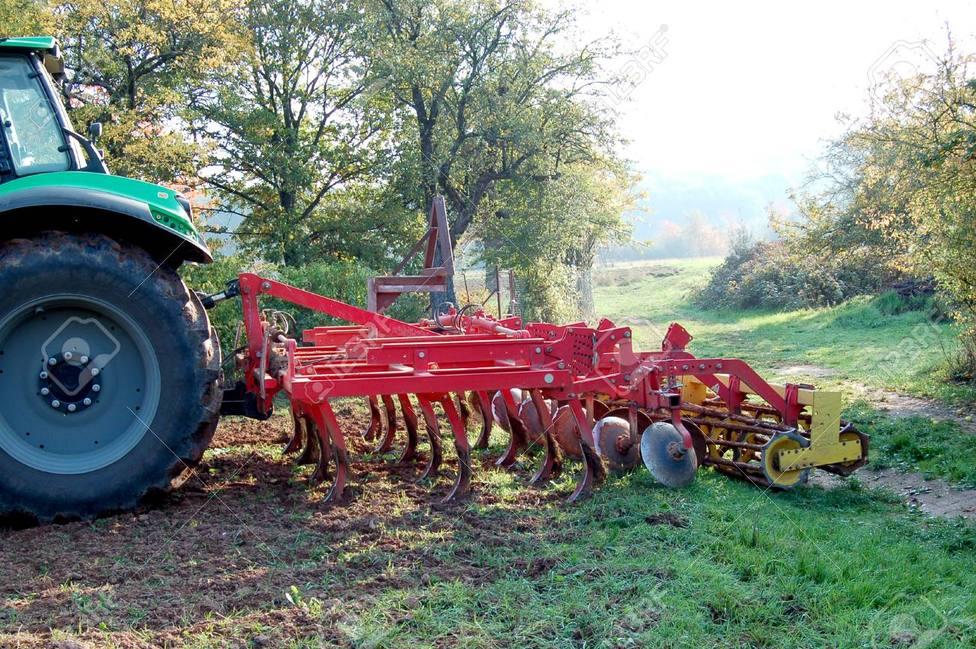 tractor y arado