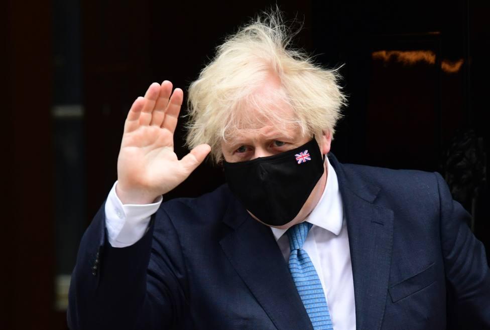 Reino Unido suma casi cien fallecidos en un solo día