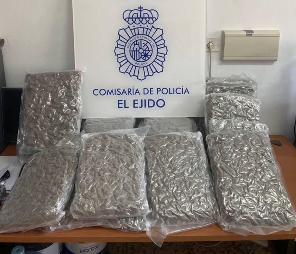 Frustran un traslado de droga en El Ejido e incautan 18 kilos de cogollos de marihuana