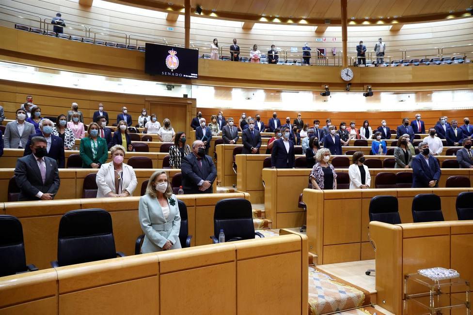 Vota | ¿Te parece que podemos permitirnos destinar un millón de euros para traductores en el senado?