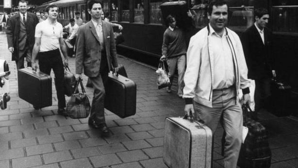 Hasta 10.000 euros para los emigrantes que retornen a montar su negocio en Galicia