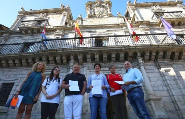 Ciudadanos, PSOE y PeC piden un pleno para que la alcaldesa explique su vinculación con la Enredadera