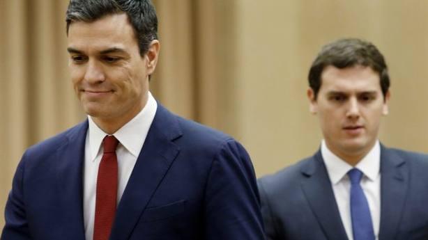 Las críticas de Sánchez contra Ciudadanos inquietan a algunos de sus barones