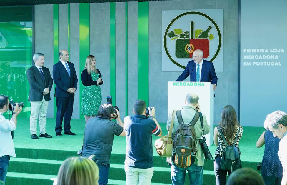 0a2664da4d0 Mercadona abre su primera tienda en Portugal y creará 1.100 puestos de  trabajo en el país luso