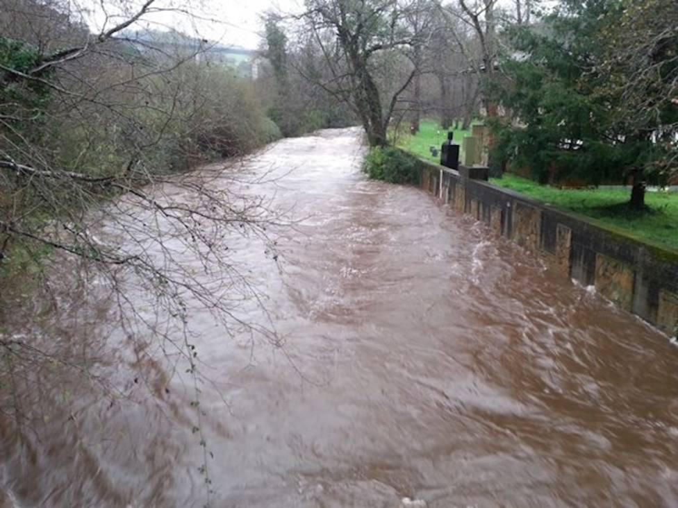 Siete ríos en prealerta por las intensas lluvias en Asturias
