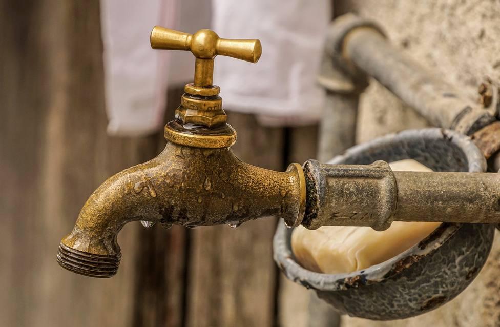 ctv-hm4-faucet-4459689 1920