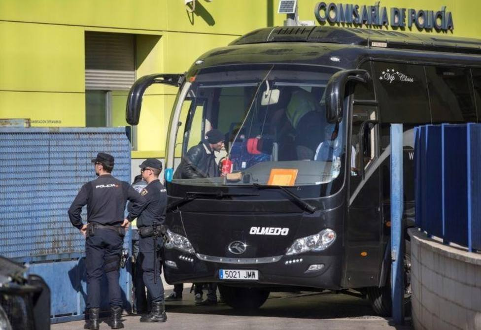 El presidente del Gobierno promete que España y Argelia trabajarán juntos contra las mafias de la inmigración