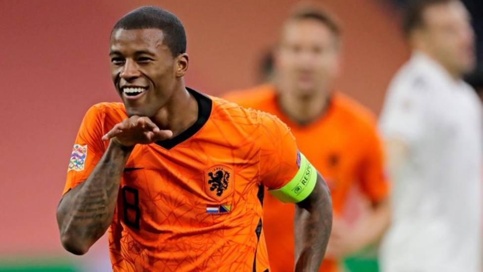 Holanda no falla ante Bosnia; Bale guía a Gales frente a Irlanda; Turquía remonta el gol inicial de Cheryshev