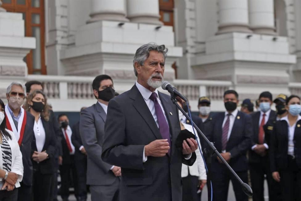 El nuevo presidente de Perú promete un Gobierno plural, diverso y honesto y lo más paritario posible