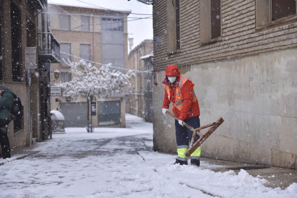 El frío y el hielo se abren paso tras las históricas nevadas provocadas por Filomena