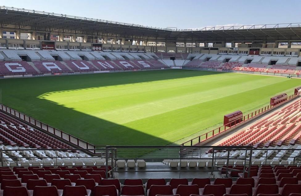 El Real Oviedo juega en Las Gaunas