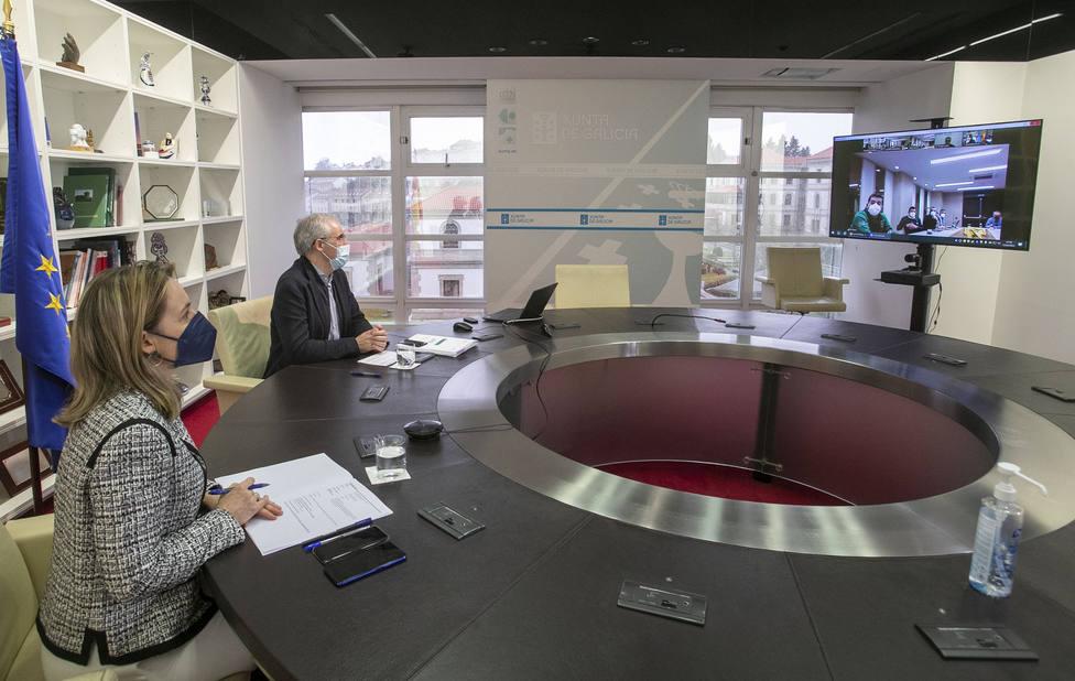 Los responsables de Xunta durante la reunión telemática - FOTO: Xunta / Conchi Paz