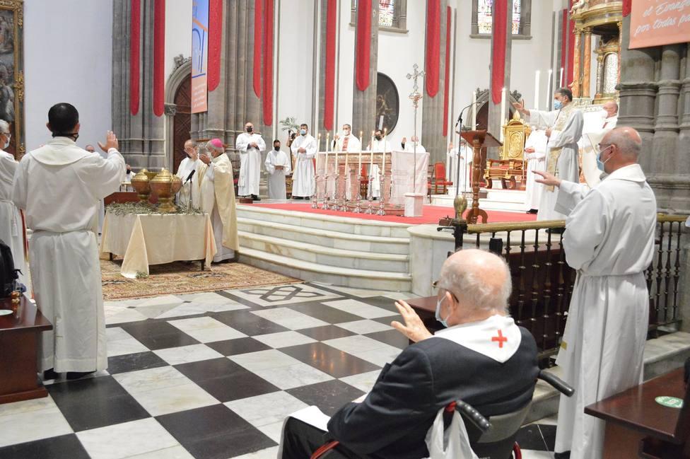 ctv-m56-misa-crismal-catedral-la-laguna-semana-santa-2021