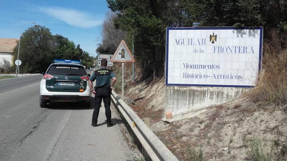 La Guardia Civil detiene en Aguilar de la Frontera a dos personas como supuestos autores de un delito de robo