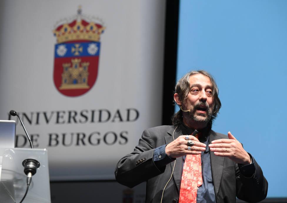 Adolfo García Sastre imparte la conferencia inaugural de los cursos de verano de la Universidad de Burgos