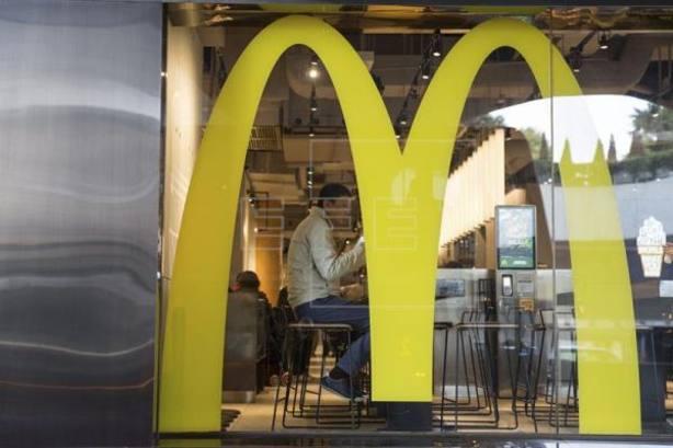 McDonalds tiene más de 3.000 ensaladas contaminadas