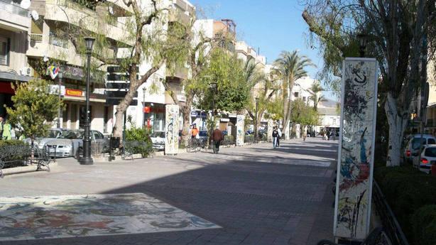 Detenido un joven de 20 años acusado de abusar de su prima de 5 años en Cieza (Murcia)