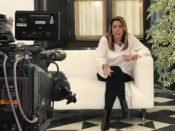 Susana Díaz pide a Rivera aclarar si el cambio que quiere es con Vox porque su apoyo es inevitablemente necesario