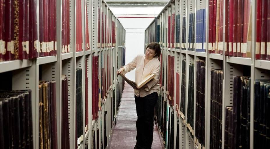 Cuatro siglos de noticias en 100 años: a exposición de la hemeroteca más antigua de España