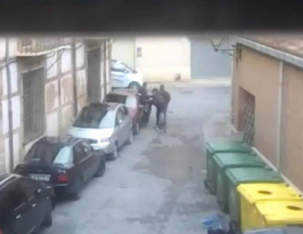 Detenido en Calahorra un grupo de jóvenes que robaba coches para divertirse con ellos
