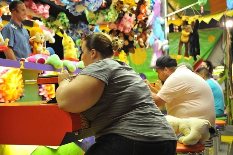 Las personas con sobrepeso u obesidad e hipertensión arterial duermen menos horas y tienen una peor calidad de sueño