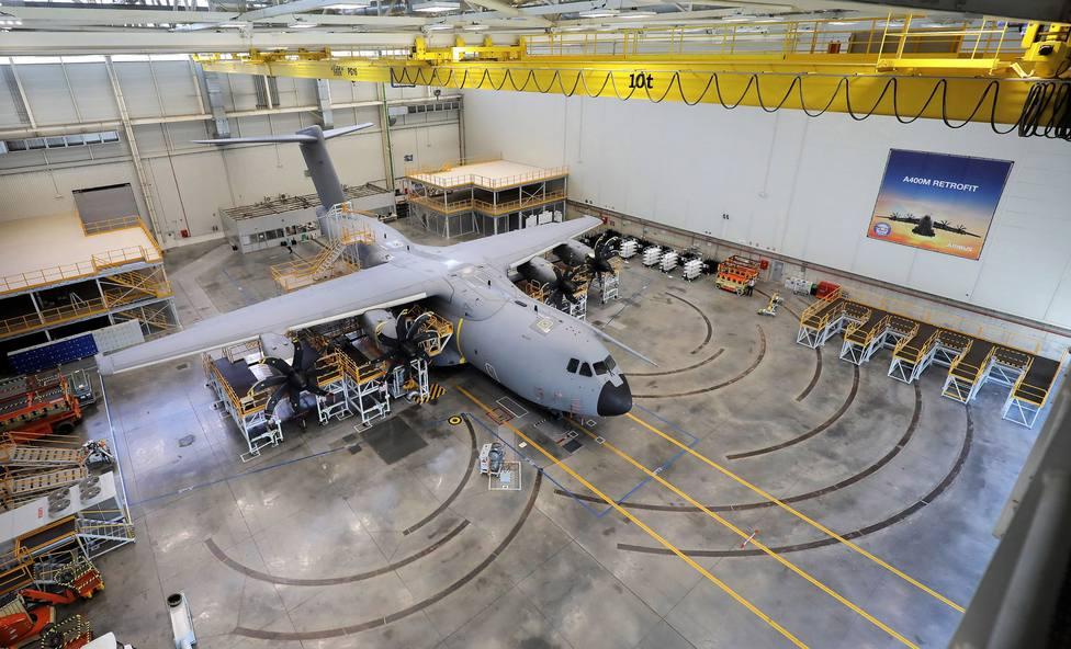 Airbus y los países clientes del A400M pactan una compensación en productos y servicios por los retrasos en las entregas