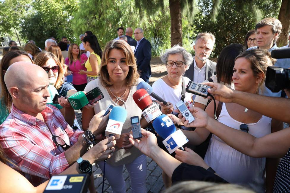 Susana Díaz reclama al resto de partidos que repartan la responsabilidad y dejen a Sánchez formar gobierno