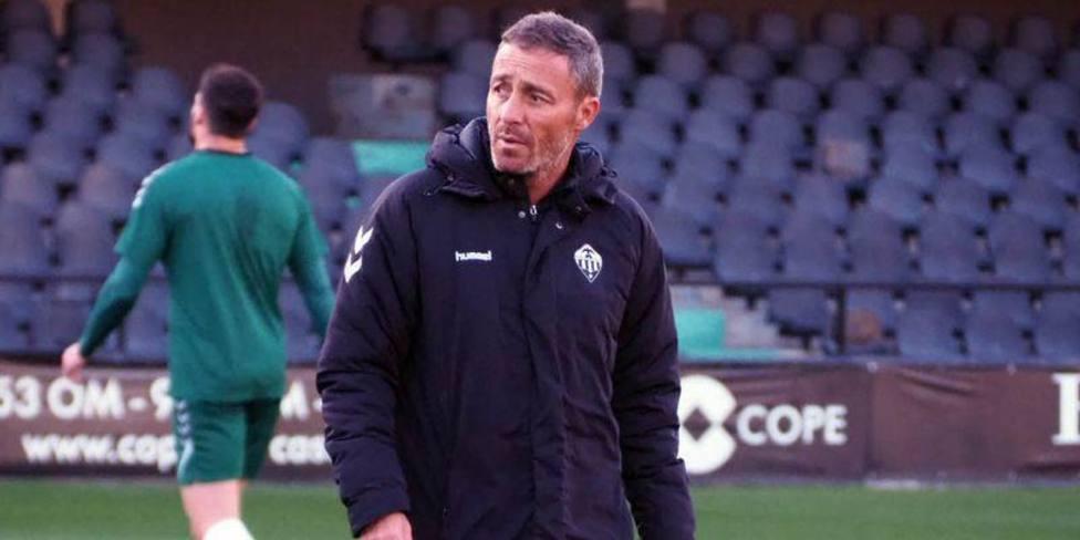 Óscar Cano, entrenador del CD Castellón