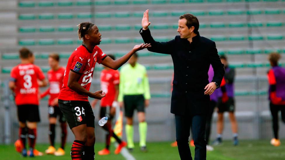 El Stade Rennes celebra su liderato tras cinco jornadas en la liga francesa (@staderennais)