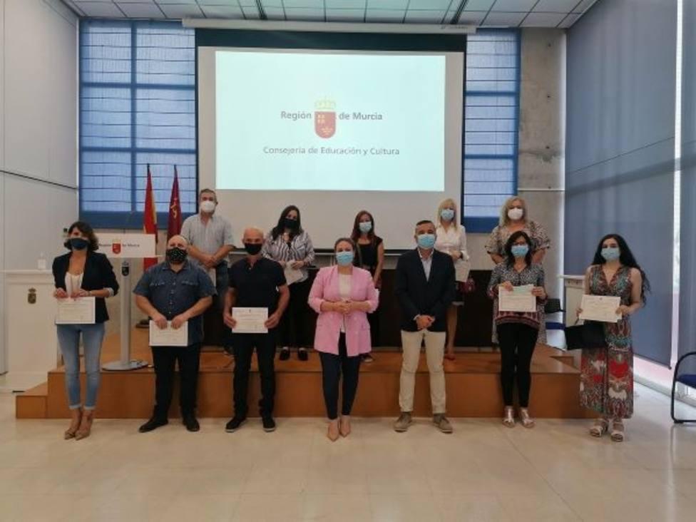 Educación entrega los Premios Extraordinarios de ESO para Personas Adultas