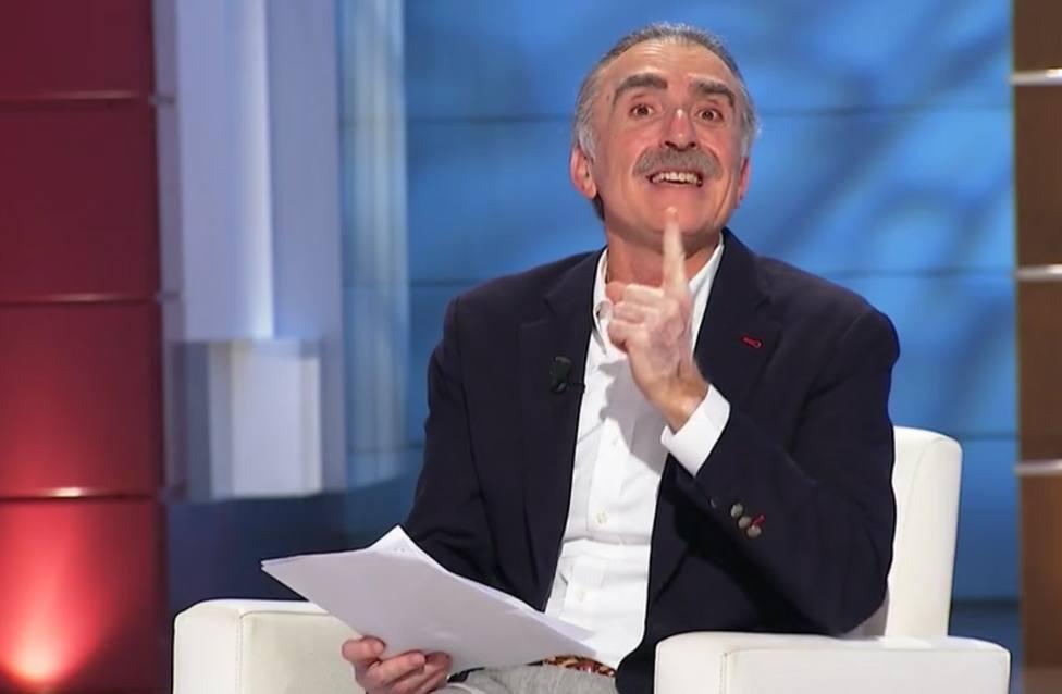 Juan y Medio rectifica tras hacer un chiste sobre Hacienda en directo: Ahora verás, expediente al canto