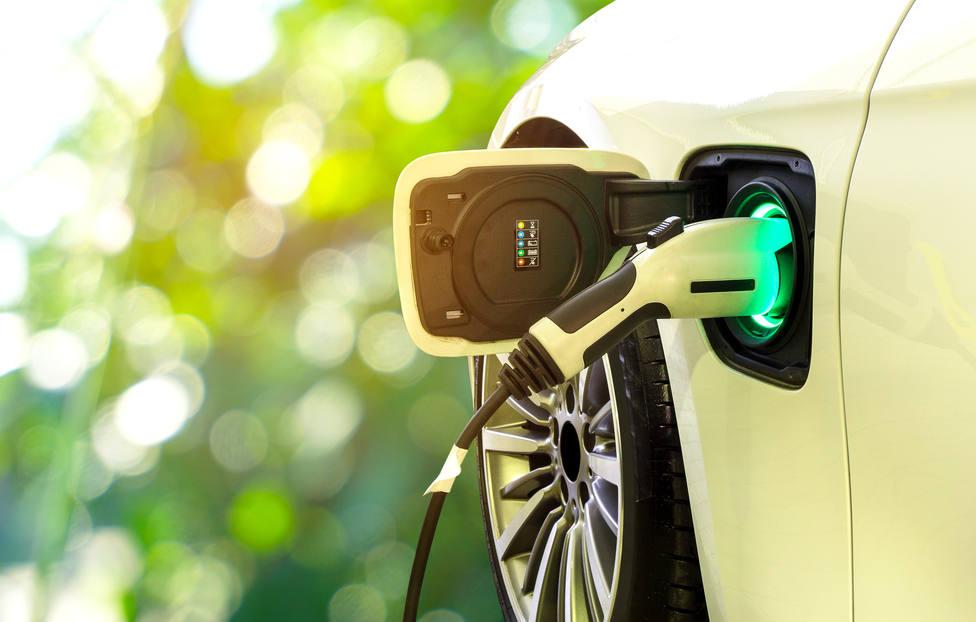 ¿Por qué no se venden coches eléctricos en España?