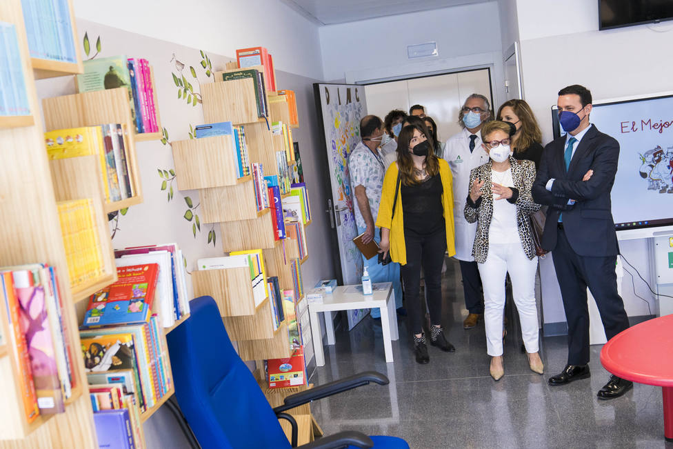 Ilustraciones para humanizar el Área de Oncología del Hospital Materno Infantil de Almería