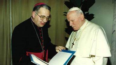 ctv-0vc-obispo-con-papa