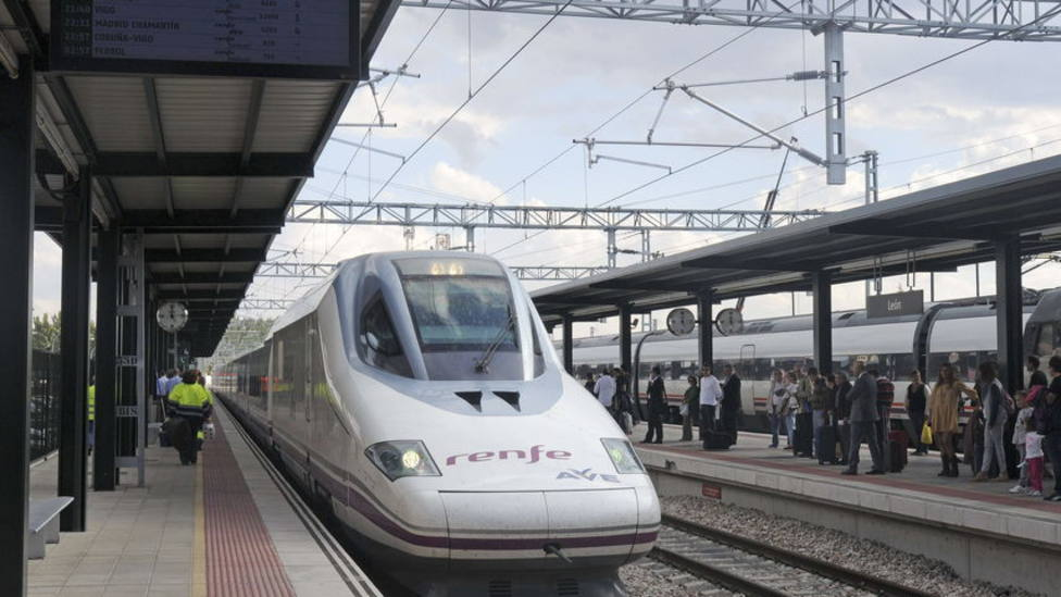 Renfe anula para este miércoles 46 trenes de media, larga distancia y AVE por huelga