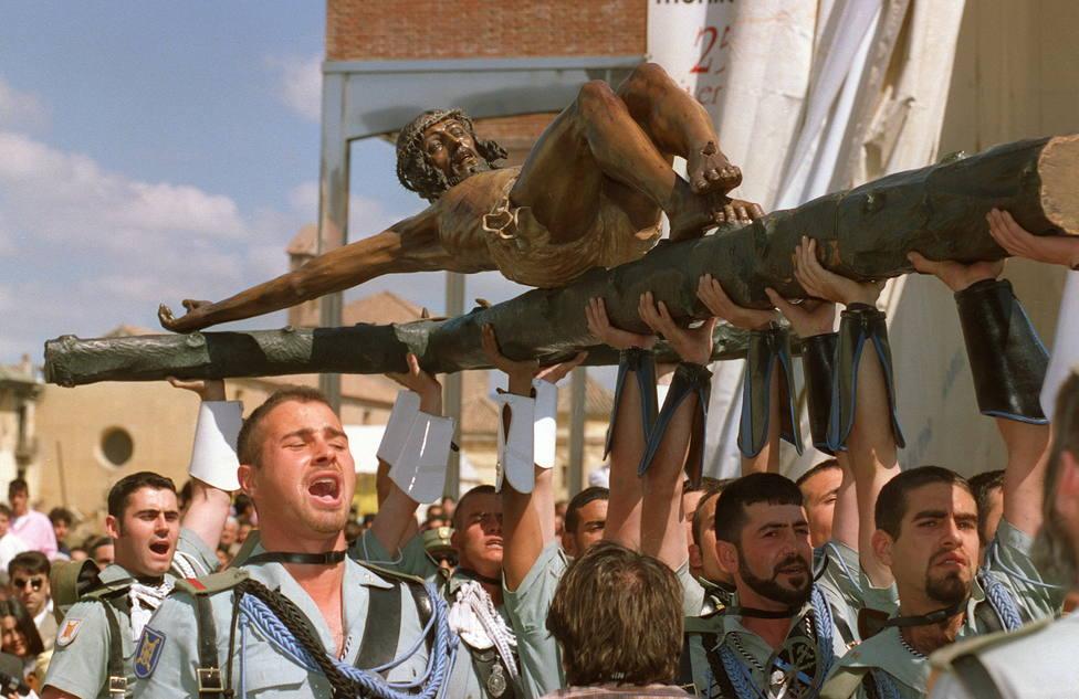 El día que la Legión trajo al Cristo de la Buena Muerte a Madrid por la JMJ