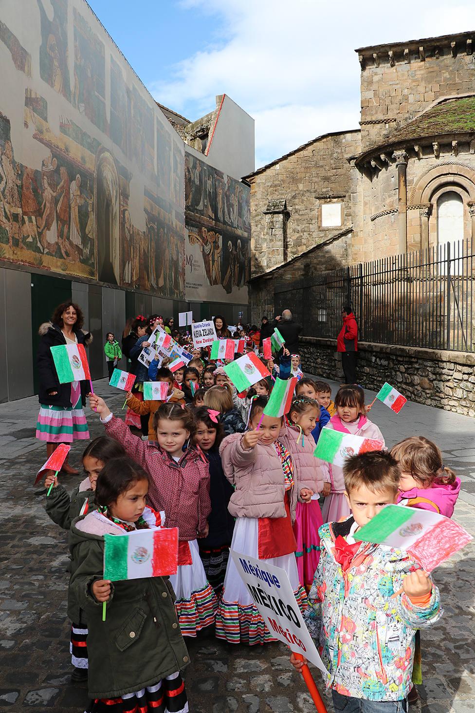 Escolares del colegio Monte Oroel de Jaca
