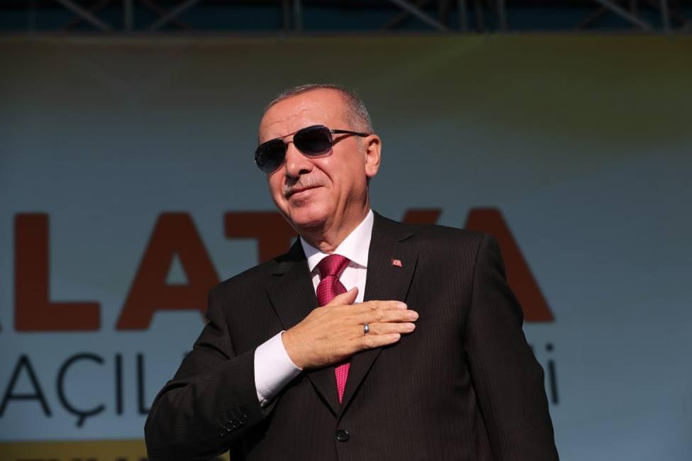 Erdogan avisa de que Turquía no podría hacer frente a una nueva ola migratoria desde Siria