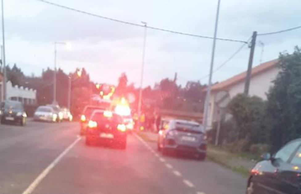 El accidente registrado en San Mateo motivó algunas retenciones - FOTO: Tráfico Ferrolterra