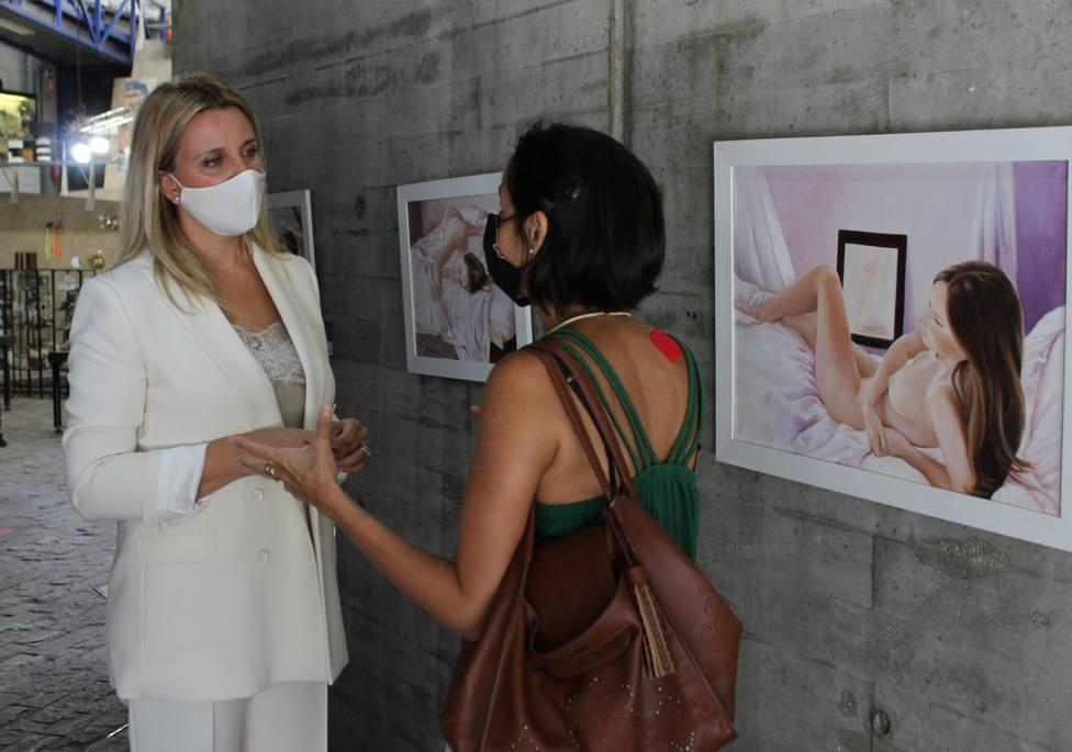 El Centro Regional de Artesanía de Lorca se llena de luz y color con la exposición 'Pintoras'