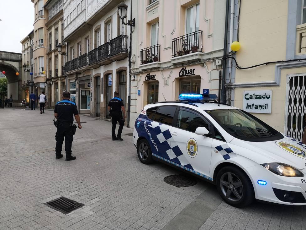 A la policía no le cuela la picaresca de quienes se justifican por no llevar mascarilla en Lugo